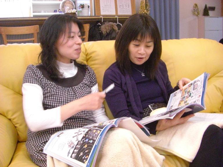 新潟で大人英語 なら、JES!プライベートまたはペアレッスンから選べます。全レッスンは予約制、55分です。無料体験1回、CCのお支払い方法がが可能